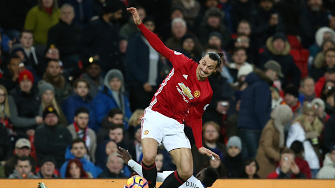 'Everything is possible' - Berbatov refuses to rule out England return while praising 'class' ibrahimovic