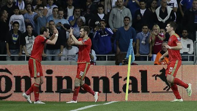 Euro 2016 - Gareth Bale forgets about Real Madrid woes as Wales set course for finals