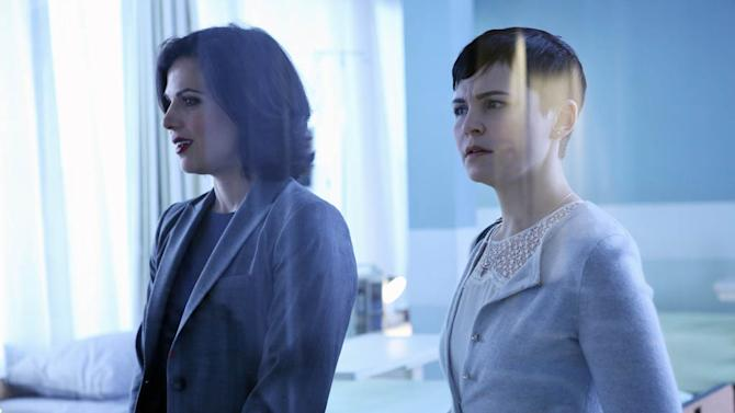 """""""Once Upon a Time"""" -- """"Welcome to Storybrooke"""" LANA PARRILLA, GINNIFER GOODWIN"""