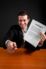 Accepting a Job Offer at a Bad Company? image shutterstock 87225580 200x300