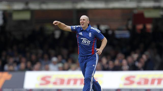 Cricket - Tredwell expecting Test squad omission