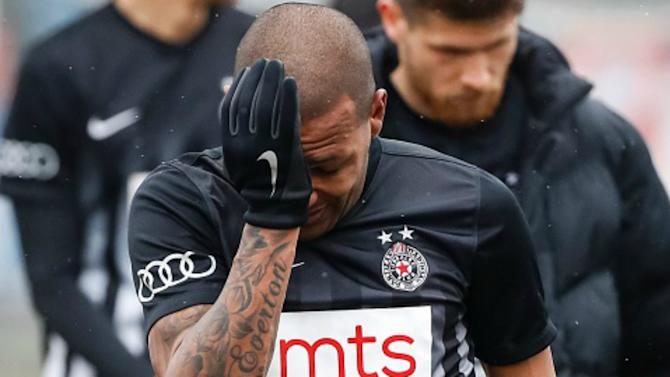 Everton Luiz leaves pitch in tears after racial abuse in Serbia