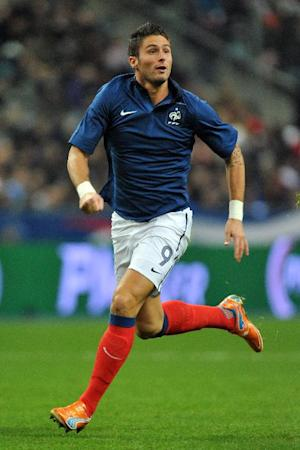 Montpellier striker Olivier Giroud has agreed to join Arsenal on a long-term contract