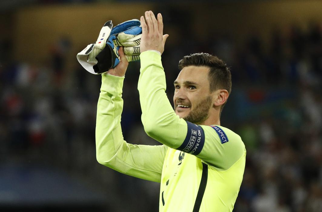 France's Hugo Lloris celebrates at the end of the match