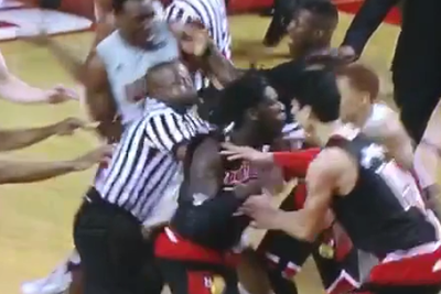 Montrezl Harrell throws punch during Louisville-Western Kentucky scuffle, ejected, suspended for next game
