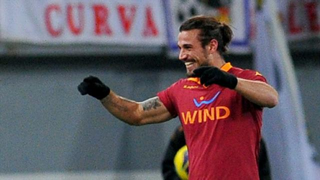 Premier League - Roma striker Osvaldo joins Southampton