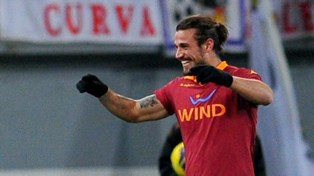 Premier League - Roma striker Osvaldo joins Southampton