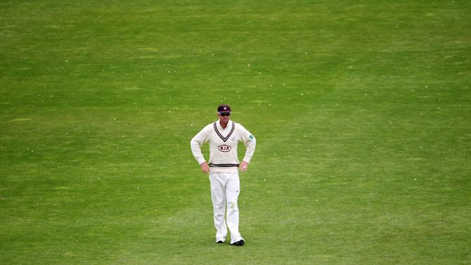 Cricket - LV County Championship - Division One - Day Four - Yorkshire v Surrey - Headingley