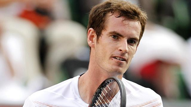 Murray handed last 16 berth in Shanghai, wins for Djokovic, Federer