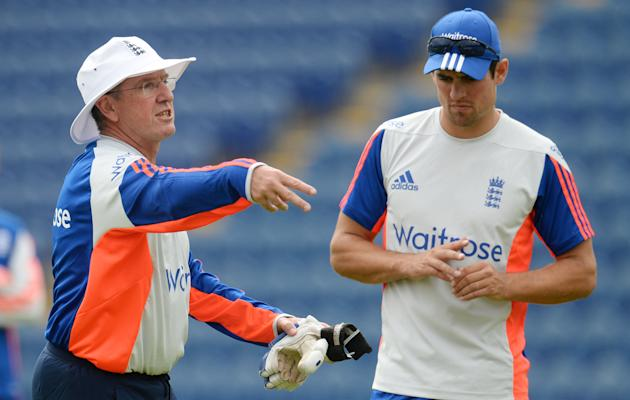 CRIC: England coach Trevor Bayliss with Alastair Cook during a training session
