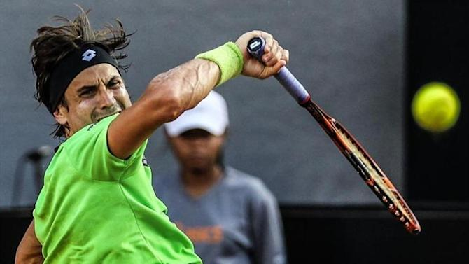 Tennis - Ferrer sets up Hamburg semi with 17-year-old hot-shot