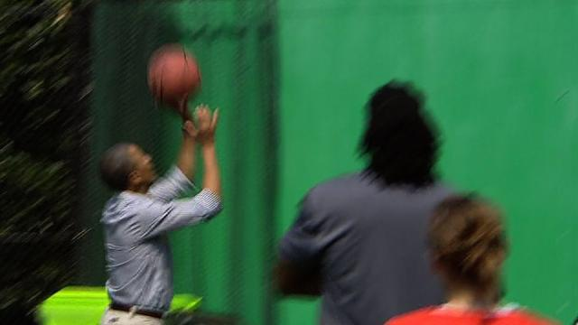 Two for... 18: Obama's off day on the basketball court