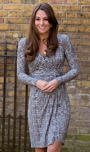 Kate Middleton Buys $55 Maternity Dress From Topshop