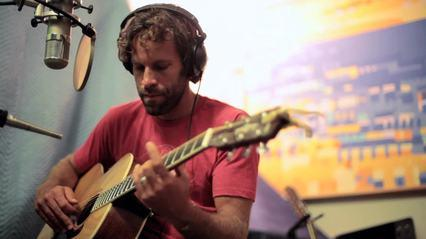 Watch Jack Johnson Recording New Album in Hawaii