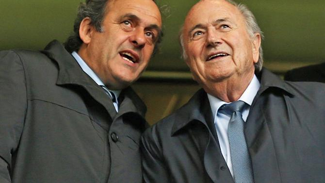 World Cup - Platini sticks knife into friendless Blatter