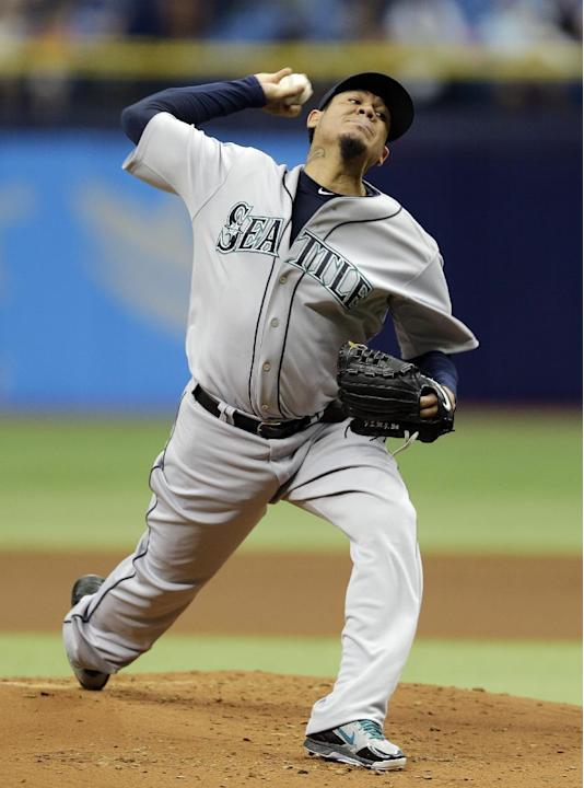 Hernandez gets 8th win, Mariners beat Rays 3-0