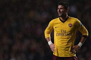 Wenger to play experienced Arsenal team against Bradford, but Giroud out