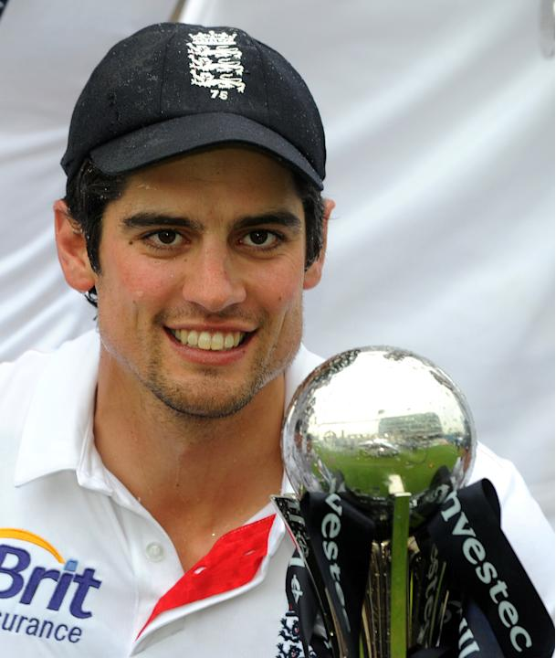 Cricket - Investec Test Series - Second Test - England v New Zealand - Day Five - Headingley