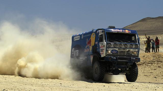 Rally Raid - Trucks: De Rooy takes overall lead as Karginov claims stage