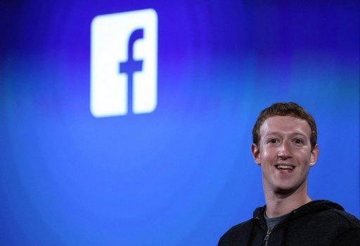 El CEO de Facebook, Mark Zuckerberg, duranre un evento en Facebook el 4 de abril de 2013.