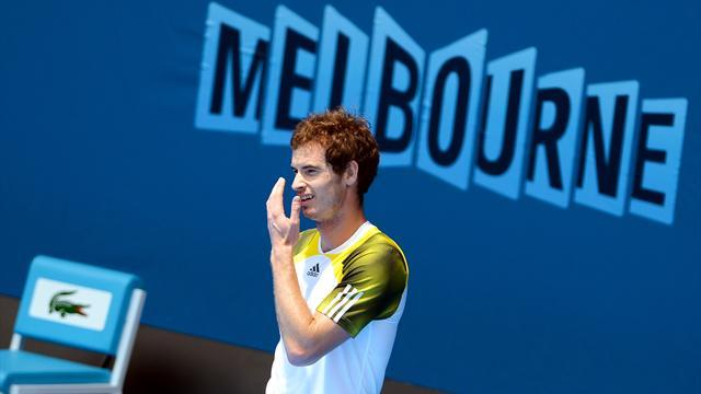 Australian Open - Tight-shirted Murray has designs on title