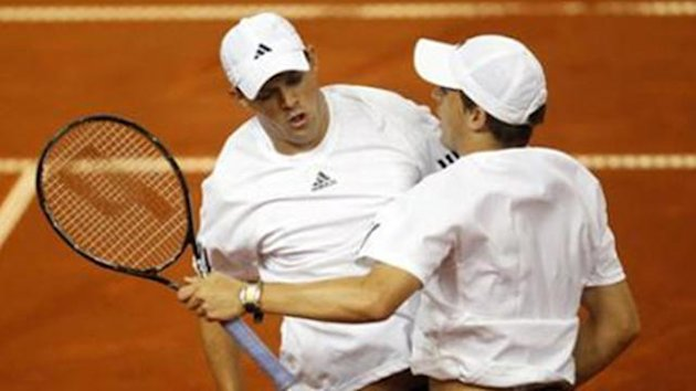 Brothers Bob and Mike Bryan