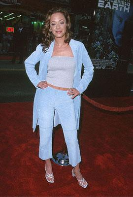Leah Remini at the Mann's Chinese Theater premiere of Warner Brothers' Battlefield Earth