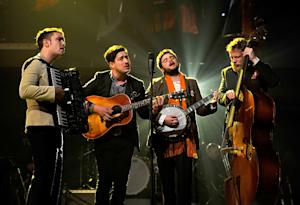 Mumford and Sons perform at the MusiCares Person Of The Year event honoring Bruce Springsteen.