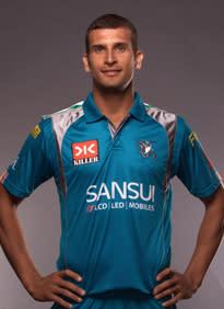 Ishwar Pandey , Pune Warriors ;