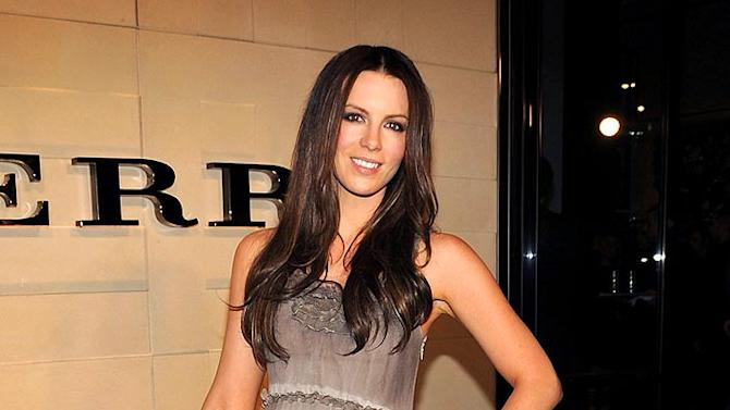 Beckinsale Kate Brbrry Opng
