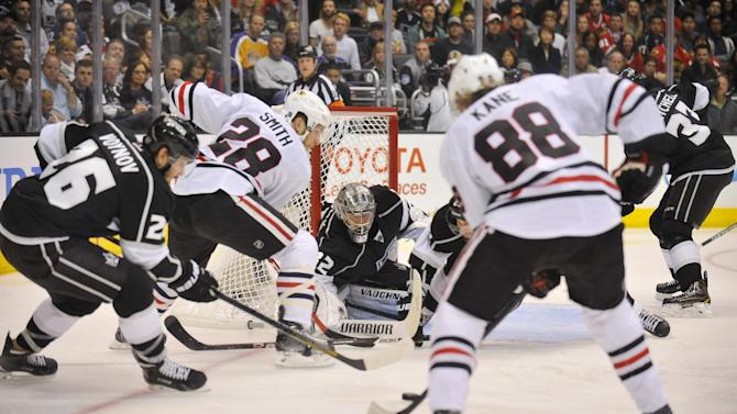 Ice Hockey - Kings take series lead over Blackhawks
