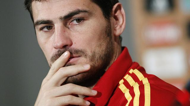 Liga - Casillas bears no grudge to Mourinho