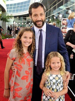 Judd Apatow on Casting His Daughters and Their Dramatic Onscreen Arguments (Video)