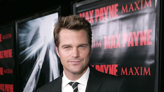 """Chris O'Donnell arrives on the red carpet at the """"Max Payne"""" Los Angeles Premiere at the Mann's Grauman Chinese Theater on October 13, 2008 in Hollywood, California."""