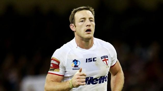 England hooker James Roby has committed his long-term future to St Helens.