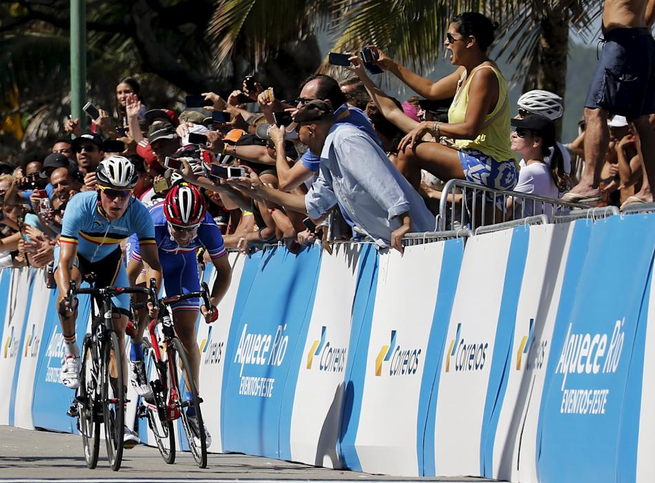 Pauwels and Bardet cross the finish line in the International Road Cycling Challenge in Rio de Janeiro, Brazil
