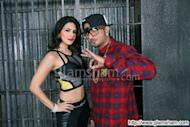 Sunny Leone, Honey Singh fight dates for 'Vodka'