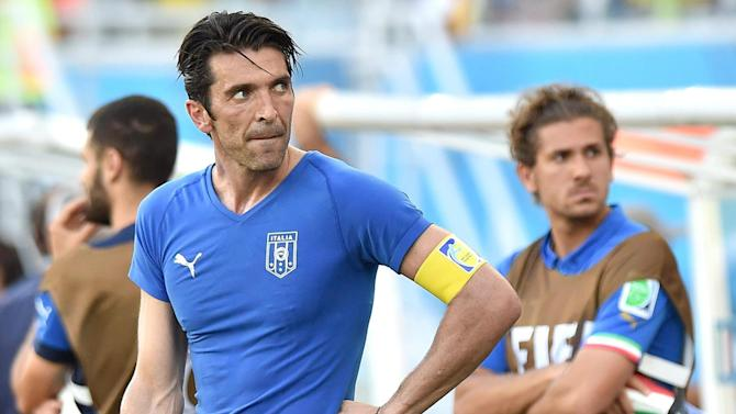 Serie A - Buffon ready to sign new deal at Juve