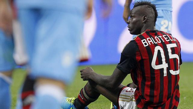 Serie A - Balotelli apologises and says he was provoked