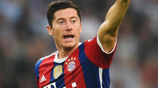 Bundesliga - Lewandowski scores in first match for Bayern