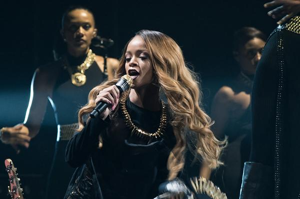 Rihanna in Brooklyn: Versatile and Withering