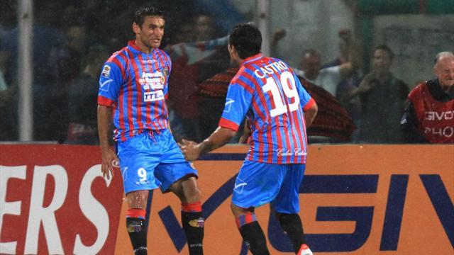 Serie A - Catania survive Coppa scare against nine-man Cittadella