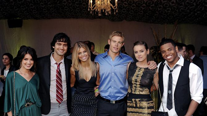 """""""90210's"""" Shenae Grimes, Michael Steger, AnnaLynne McCord, Trevor Donovan, Jessica Stroup, and Tristan Wilds at the TCA Summer 2010 CBS/The CW/Showtime """"Star Party in the Tent"""" on July 28, 2010 in Beverly Hills, California."""