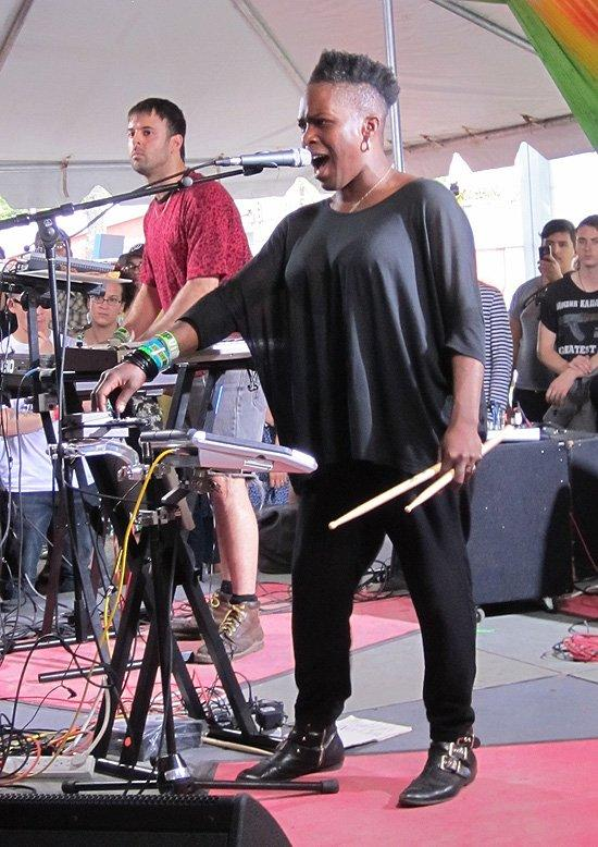 Light Asylum, aka Brooklyn badass Shannon Funchess performs a set of dark neo-new wave at Urban Outfitters annual backlot showcase. (Photo by Lyndsey Parker)