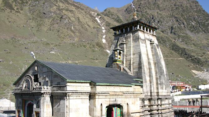 Kedarnath temple - Before and after