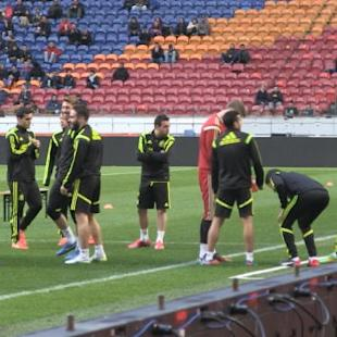 Spain are favourites - Hiddink