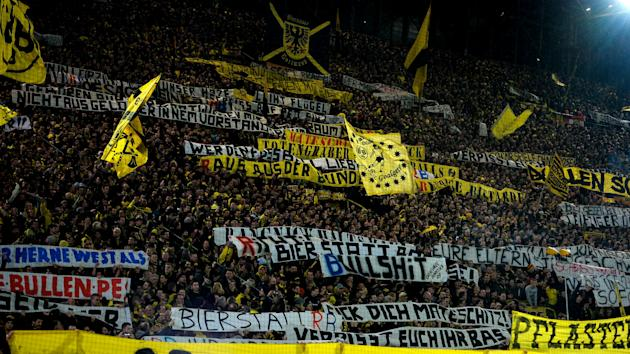 It is the perfect time to play Borussia Dortmund due to the closure of the 'Yellow Wall', says Wolfsburg coach Valerien Ismael.