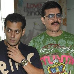 Did Salman Khan Ask The PancholisTo File Defamation Lawsuit Against Rabiya Amin?