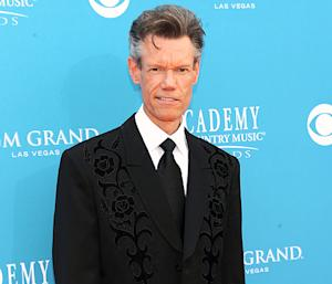 Randy Travis Undergoes Heart Procedure