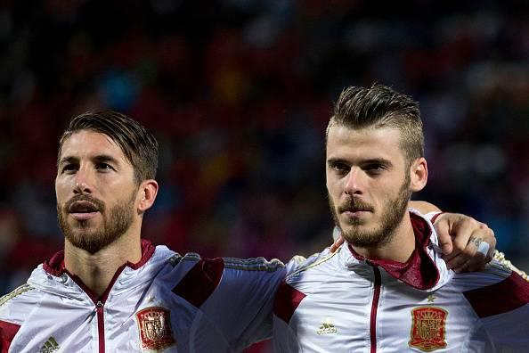 Manchester United won't let David De Gea leave unless they sign Sergio Ramos from Real Madrid